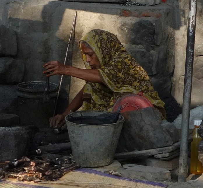 Cooking hooves, Madurai
